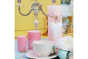 Оригинальная сервировка романтического ужина – контраст нежности и страсти