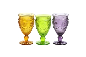 Широта ассортимента посуды из цветного стекла в интернет-магазине posudexpert.com.ua